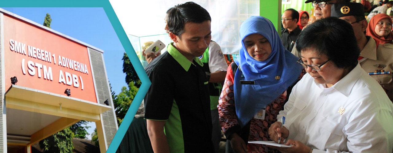 "Pameran Adiwiyata SMKN 1 Adiwerna dalam Rangka ""Sukses Indonesia Ku: Sosialisasi Generasi Muda Lingkungan Hidup dan Kehutanan"" di SMAN 2 Slawi"